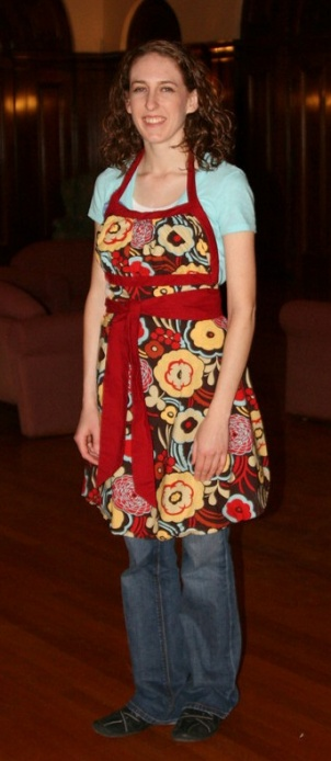 Sewing Liberated: Emmeline Apron - Think Crafts by CreateForLess