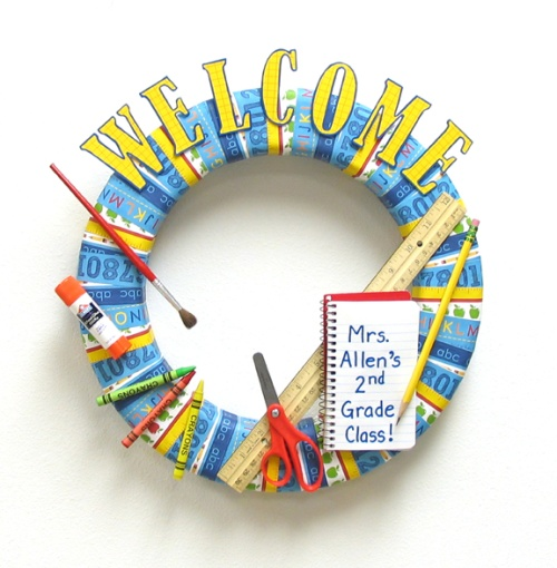 Welcome Back To School Wreath