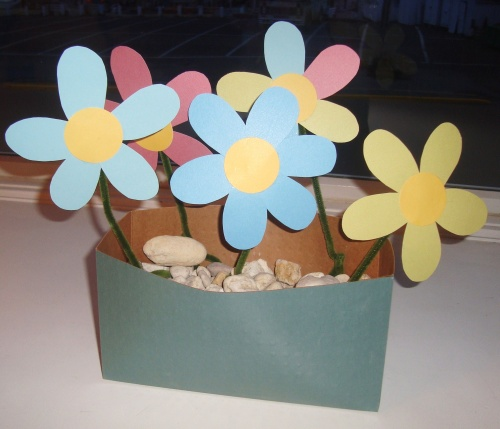 Make paper flowers think crafts by createforless make paper flowers mightylinksfo