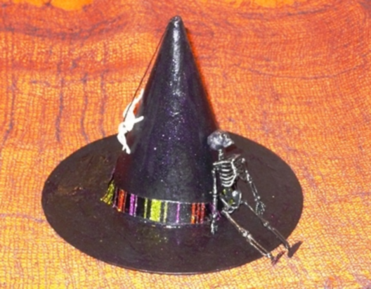 Header witches hat