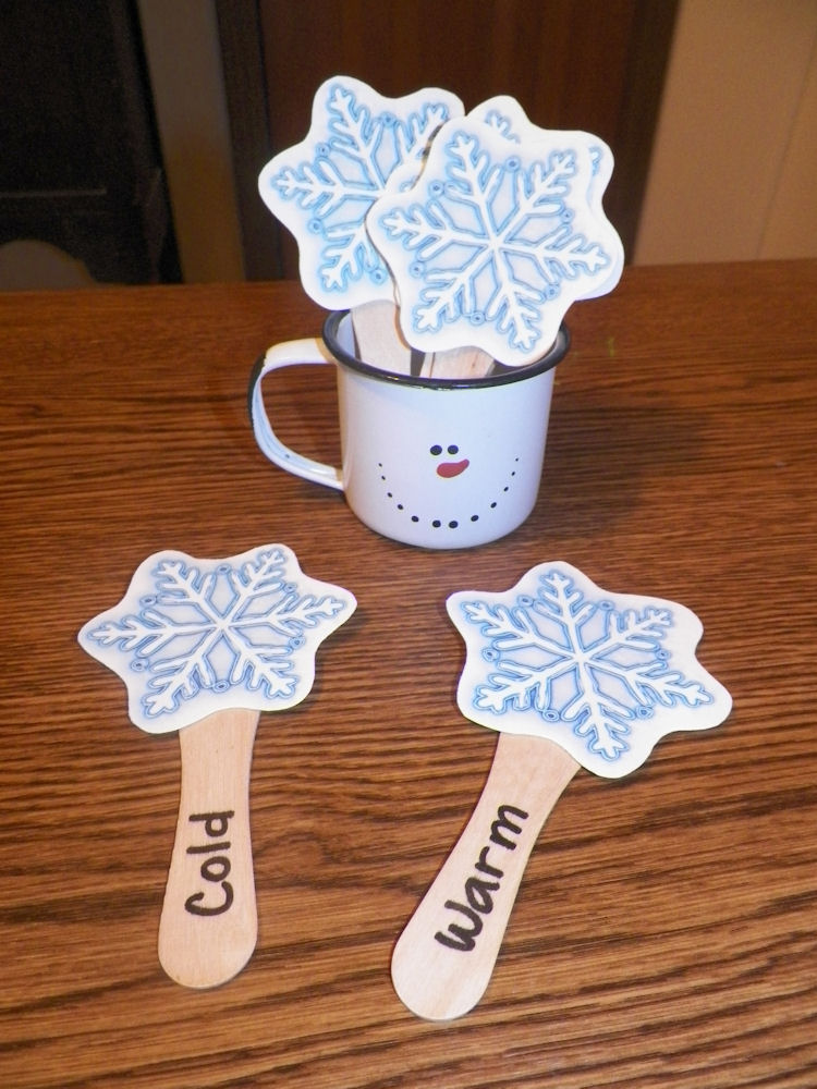 Snowflake Matching Game at ThinkCrafts.com