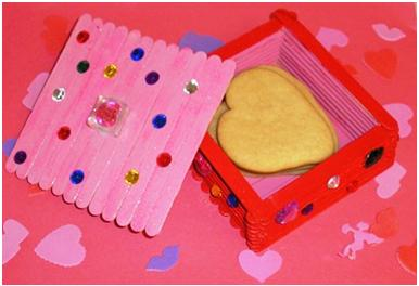 Valentine Box at ThinkCrafts.com