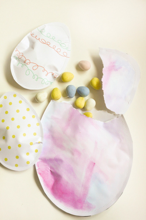 Paper Egg Favors at Think Crafts.com
