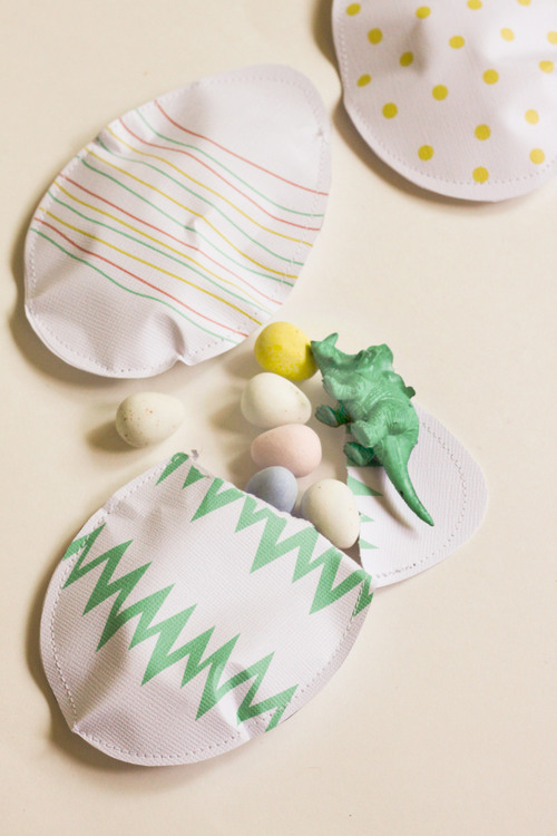 Paper Egg Favors at ThinkCrafts.com