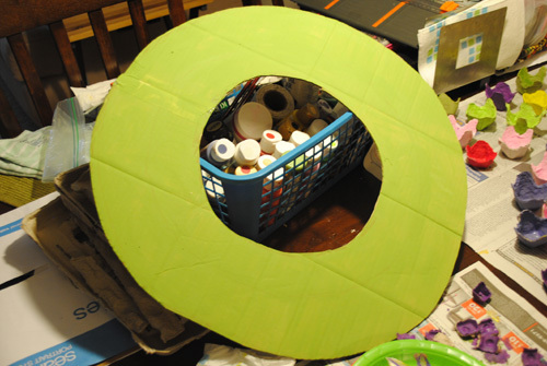 Green Cardboard piece in the shape of a wreath