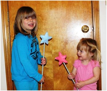 Play with your homemade princess star wands at ThinkCrafts.com