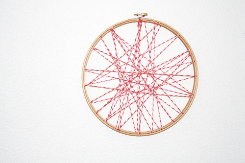 Embroidery Hoop Memo Board Tutorial at ThinkCrafts.com