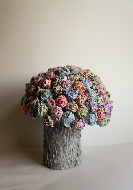 DIY Lollipop Mushroom Centerpiece from ThinkCrafts.com