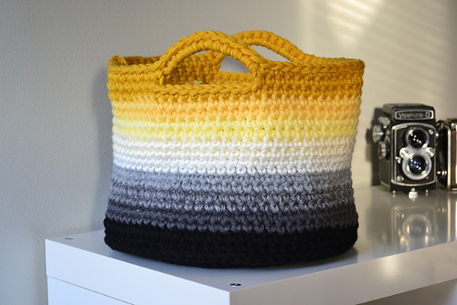 Ombre Basket Pattern - Crochet in Color
