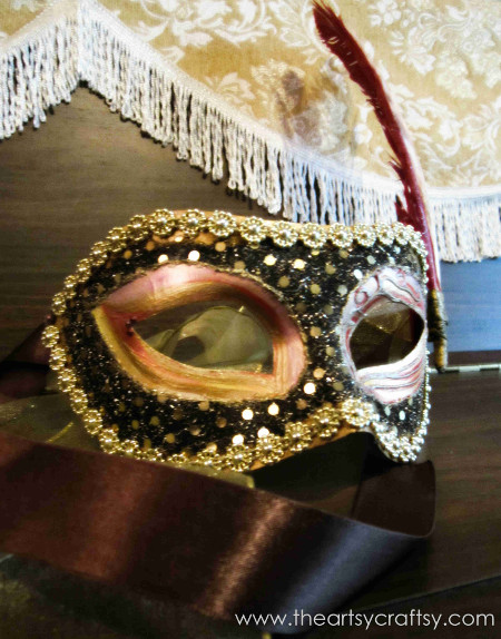 Artsy Craftsy Blogger Mask