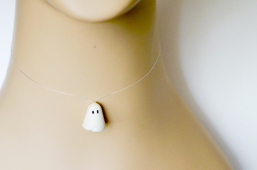 DIY Floating Ghost Necklace Halloween Jewelry | ThinkCrafts.com