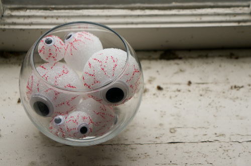 Spooky Eyes in a Bowl Decoration