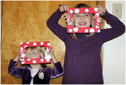 Easy Christmas Picture Frame