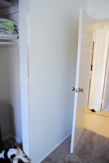 2 - unused wall behind child rooms door