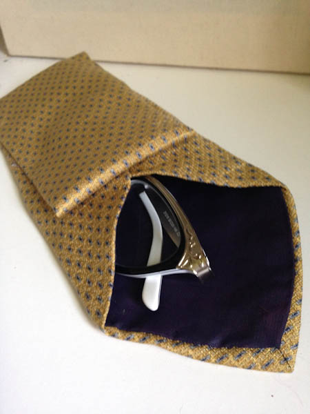 Tie Glasses Case