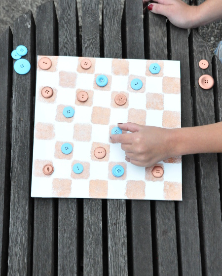 DIY Upcycled Checkers Game
