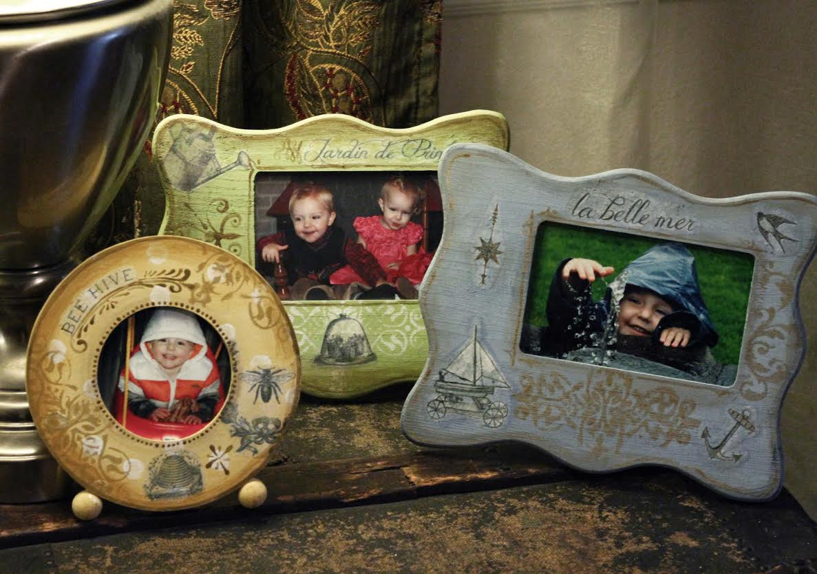 Shabby Chic Picture Frames using a Mod Podge Transfer Technique