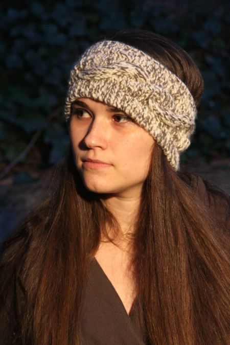 Easy and Cozy Mixed Cable Headband (knitting pattern)