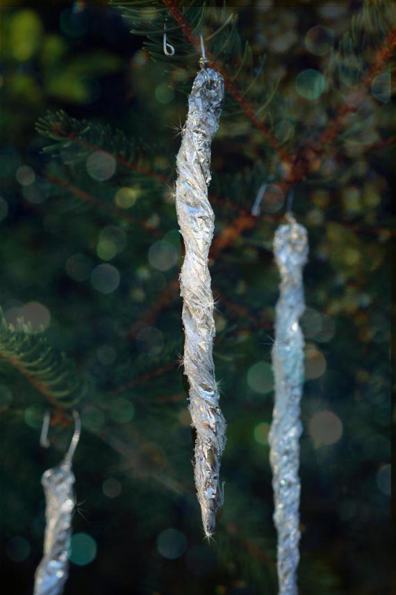 Frosty Glitter Icicles