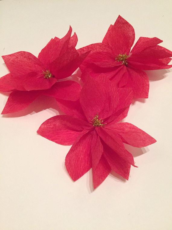 Crepe paper poinsettias think crafts by createforless paper poinsettias mightylinksfo