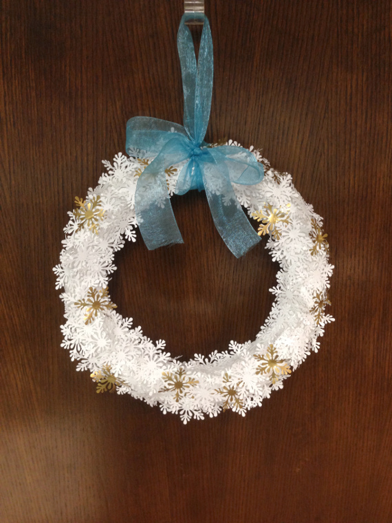 Paper Punch Snowflake Wreath