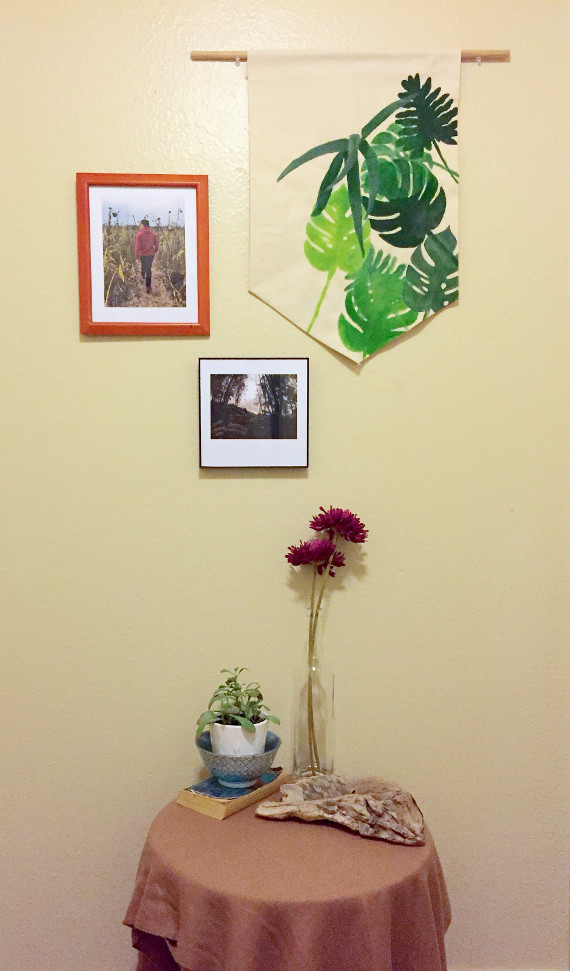 Add some green to your home with a fun wall hanging. Free printable templates and directions at ThinkCrafts.com