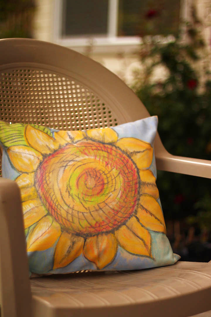 Paint a Sunflower Pillow with Gelatos!