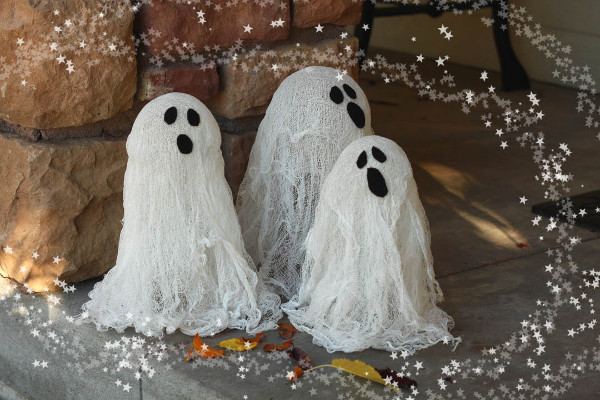 Make some spooky friends to haunt your doorstep with this easy ghost lantern tutorial!