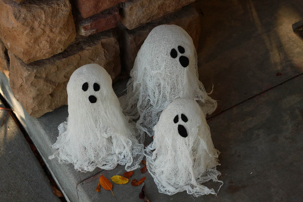 Spooky Ghost Lanterns
