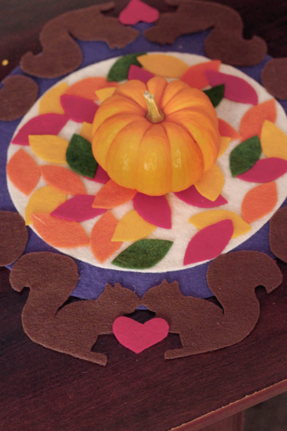 Create a festive centerpiece for your fall table with this fun no-sew project!