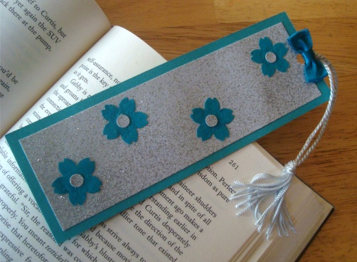 Glitter Flower Bookmark Think Crafts By Createforless