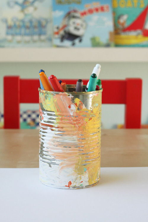 Recycle a can to hold crayons