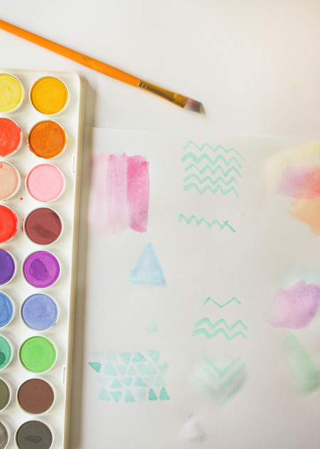 Start painting pretty designs and doodles with the watercolors