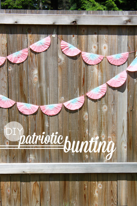 Easy Patriotic Bunting from Recycled Materials. Tutorial at ThinkCrafts.com