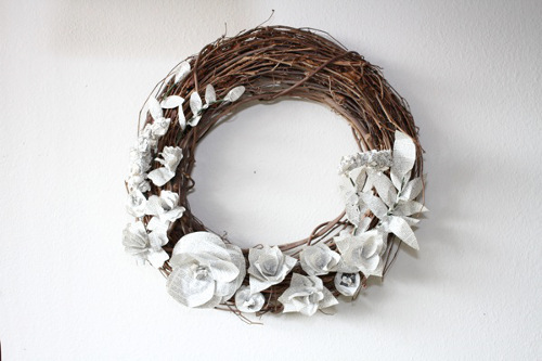 Dictionary Page Wreath by Kim from The Trashy Crafter - ThinkCrafts.com